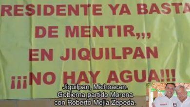 Photo of #Michoacán: Alcalde Morenista Ordena Retirar Pancartas En Su Contra De Casas Particulares