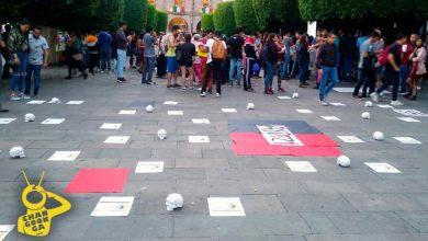 Photo of #Morelia Escultor Deja 43 Cráneos Al Lado de Catedral en Protesta Por Desaparecidos