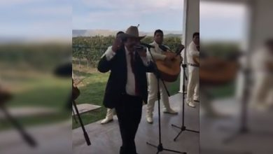 "Photo of #Video Senador Canta ""Mátalas"" Durante Primer Informe De Actividades"
