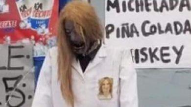 "Photo of Pasa En México: Alcaldesa Clausura Negocio Que La ""Convirtió"" En Zombie"