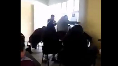 Photo of #Video Profe Manchado Arroja Agua A Alumno Que Se Quedó Dormido En Clase