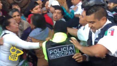 Photo of #Morelia Se Confrontan Municipales Vs Manifestantes En Desalojo Del Ayuntamiento
