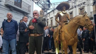 """Photo of Vicente Fernández Lamenta Situación De José José: """"Ha Sufrido Más Ahora Que Murió"""""""