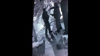 "Photo of #Video Gringo Lanza Ácido A Latino Por ""Estacionarse Mal"""
