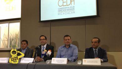 Photo of #Michoacán Memo Valencia Firma Convenio Con Comisión Estatal De Derechos Humanos