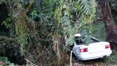 "Photo of #Michoacán: Taxista Saltó A Barranco Con Todo Y Asaltantes: ""Mejor Nos Vamos Todos"""