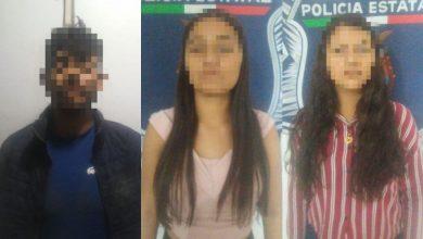 Photo of #Culiacán Detienen A Vato Y 2 Chavitas Menores Con Carro Robado Y Armas Largas