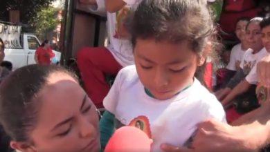 Photo of #Video Aseguran Que Virgen De Guadalupe Se Les Apareció En Playera De Niña