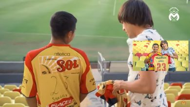 Photo of ¡Buena Onda! 'Shaggy' Martínez Regala Playera A Fan Que Pintó La Suya Con Plumón