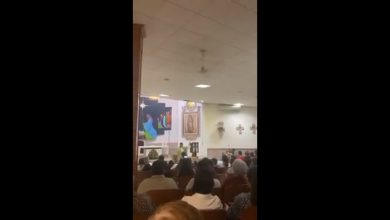 Photo of #Video Sacerdote Invita A Feligreses A Matar La Tusa En Plena Misa