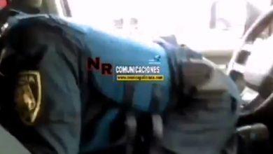 Photo of #Video Poli Presume Cómo Maneja Patrulla Con Las Pompas