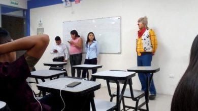 Photo of Payasito Tuvo Que Llegar Caracterizado A Una Expo En La Uni Y Se Vuelve Viral