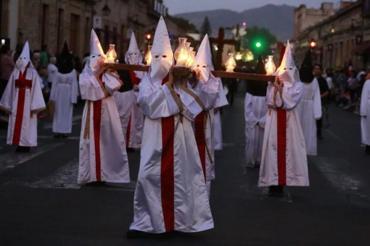 ¡Santa Madre! Vaticano Sugiere Que Procesiones De Semana Santa Sea En Septiembre