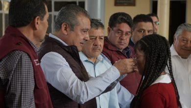 """Photo of Apoya Raúl Morón Proceso De Aprendizaje De Miles De Alumnos Con Programa """"Una Mirada Para El Bienestar"""""""