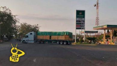 Photo of #Michoacán Reportan Bloqueos A Accesos De Lombardía, Utilizan Camiones