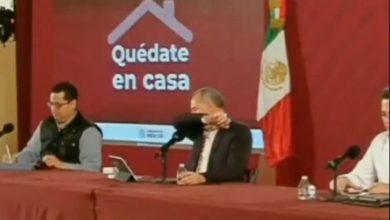 Photo of ¡Tú Ño! López Gatell Sufre Ataque De Tos En Plena Conferencia; Le Llueven Memes