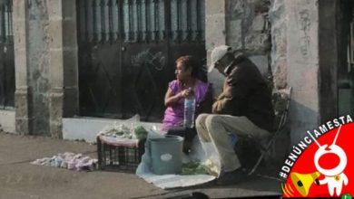 Photo of #Denúnciamesta Abuelitos cambian nopalitos o pares de calcetines por despensas