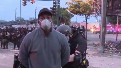 Photo of #Video Poli Arresta A Reportero Que Cubría Protestas De Minneapolis