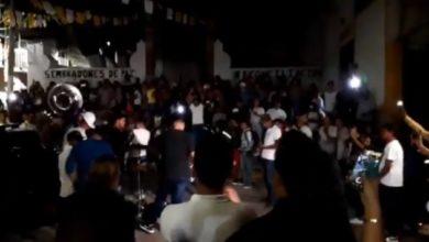 "Photo of Pasa En México: Arman Fiesta Patronal Porque ""El Virus Les Vale Madres"""