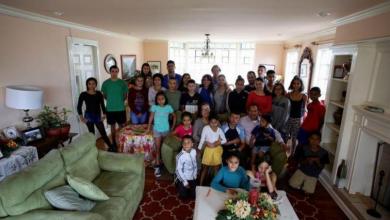 Photo of Padres Pasan Cuarentena Con Sus 31 Hijos, Y Tú Te Quejas De Tu Pareja Tóxic@