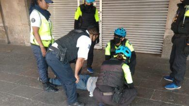 Photo of Policía Morelia Atiende A Hombre Con Posible Convulsión En El Centro