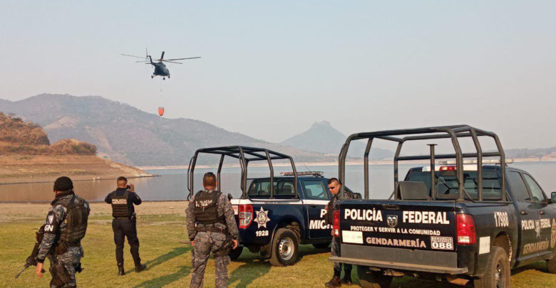 Son 2 Helicópteros Combatiendo Fuego En Zitácuaro; Hay 4 Incendios En Michoacán