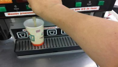 Tipo Le Avienta Café Hirviendo A Empleado Que Le Pidió Usar Tapabocas, En EU