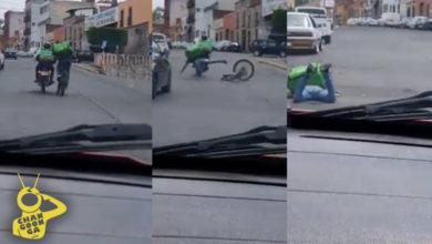 Photo of #VIDEO Por 'Colgarse' De Moto, Ciclista De Uber Eats Se La Parte En Subidita De Morelia