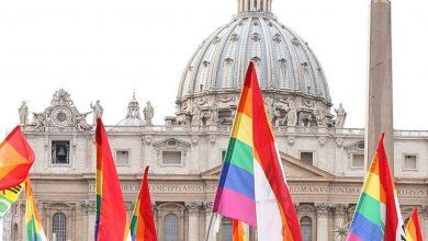 Photo of Vaticano Atiende A Sexoservidoras Trans Latinoamericanas, Afectadas Por COVID-19