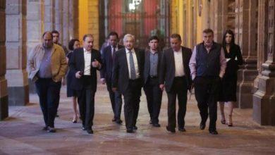 Photo of Empleado De La Presidencia Mexicana Muere Por COVID-19