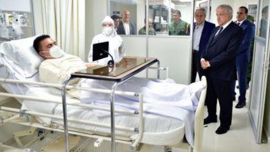 Photo of AMLO Visita Hospital ..Sin Cubrebocas Y Con Enfermos De A Mentis