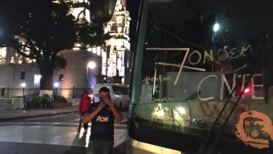 Photo of Unos 600 Normalistas Michoacanos Viajan A CDMX En Busca De AMLO