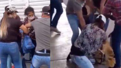 Photo of #Video Inspectores De Ayuntamiento De Toluca Arrastran a Ambulante Con Todo Y Puesto