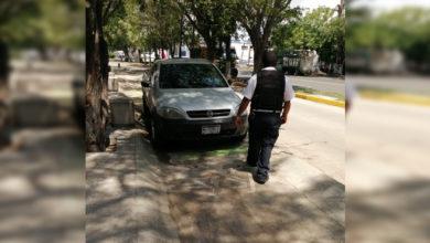 Photo of #Morelia Polis Retirar Carros Estacionados Sobre Ciclovía De Avenida Madero