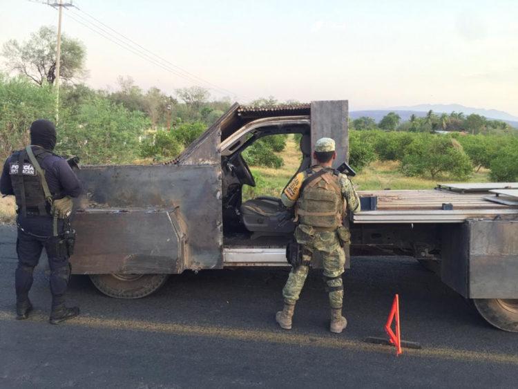 #Michoacán Aseguran Camioneta Que Tenía Blindaje Artesanal