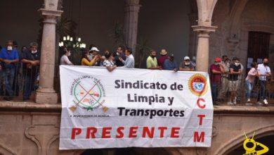 Photo of #Morelia Trabajadores De Limpieza Y Transporte Protestan En Ayuntamiento