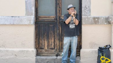 Photo of #MORELIA Charly Blues Toca Su Música Para Las Personas Que Se Encuentra