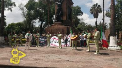Photo of #Morelia Frente Nacional Anti AMLO Se Manifiesta Con Todo Y Mariachi