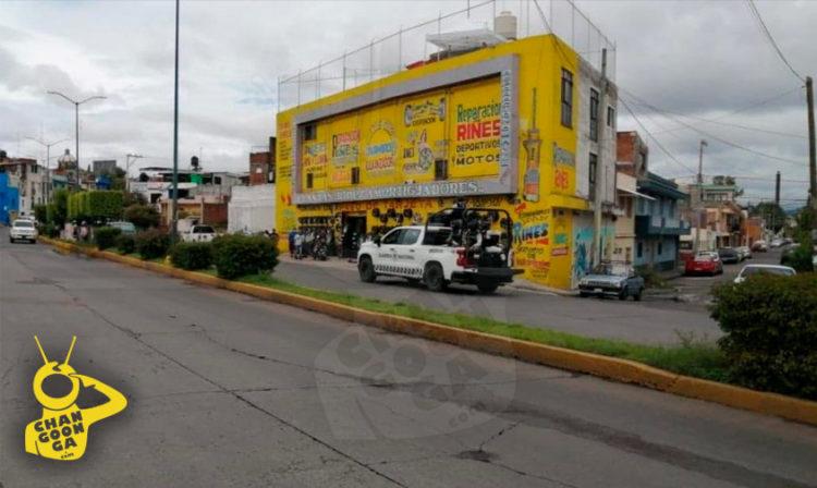 Mandan Amenaza Y Corona De Flores A Empresario Moreliano Con Taxista; Lo Detienen