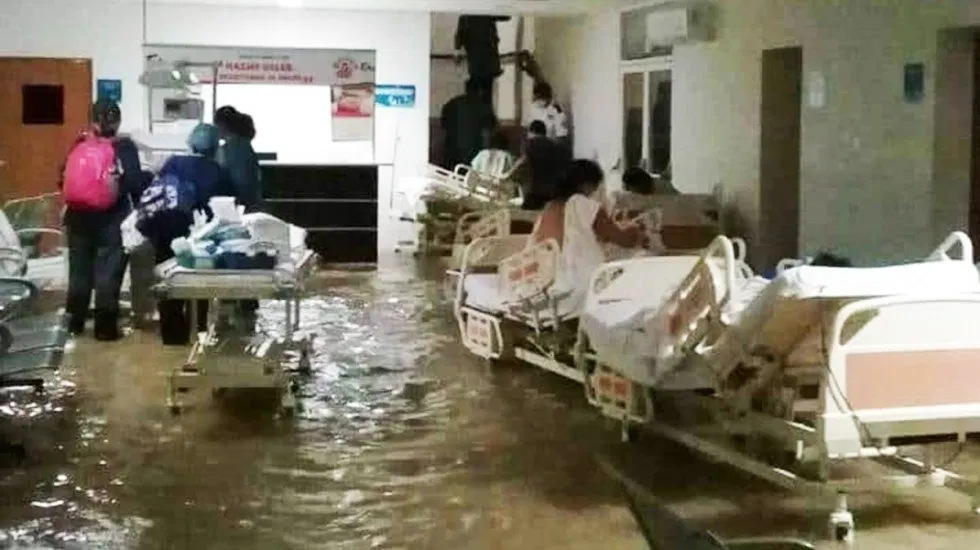 Tras Paso De Huracán Hanna, Se Inunda Hospital Materno Infantil de Reynosa