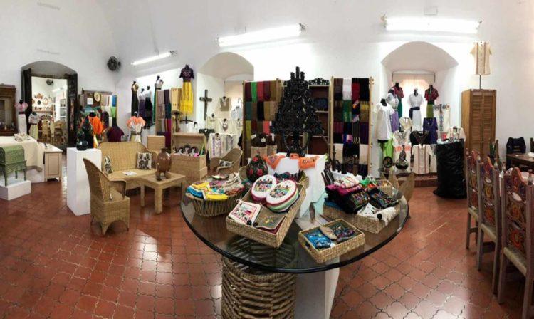 #Morelia Reabren Tienda De La Casa De Las Artesanías