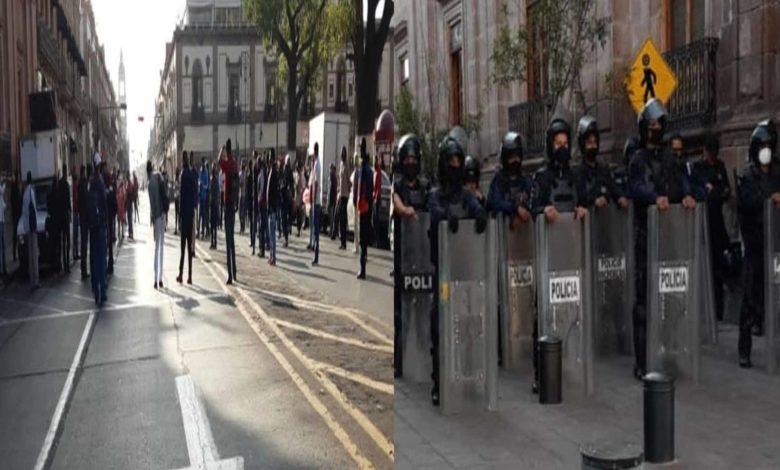 #Morelia Polis Mantienen Vigilancia Por Manifestación En El Centro