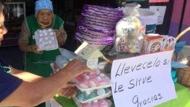 Photo of #México Abuelita Cierra Su Local Y Regala Mercancía Por Crisis Del COVID-19