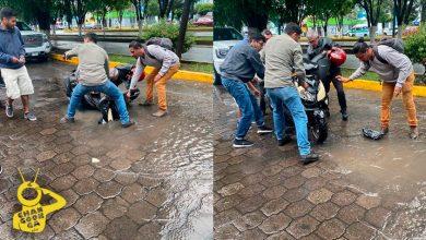 #Morelia Tras Lluvias, Mega Pozo Deja A Señor Accidentado Y Su Moto Hecha Caca