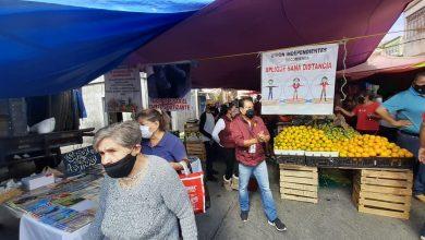 Photo of Comerciantes De Mercaditos Acatan Medidas Sanitarias Para Evitar COVID-19