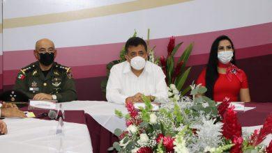 En sesión solemne de cabildo, donde se procuraron las medidas de la nueva convivencia, el presidente municipal, enfatizó la repavimentación en su totalidad de los boulevares 22 de Octubre y 5 de Mayo
