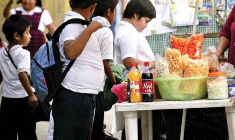Diputado Morenista: Michoacán Necesita Ley Como Oaxaca Que Prohíba Venta De 'Chatarra' A Niños