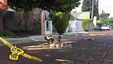 Photo of #Morelia Colocan Flores Y Veladoras En Lugar Donde Policía Mató A Julio César