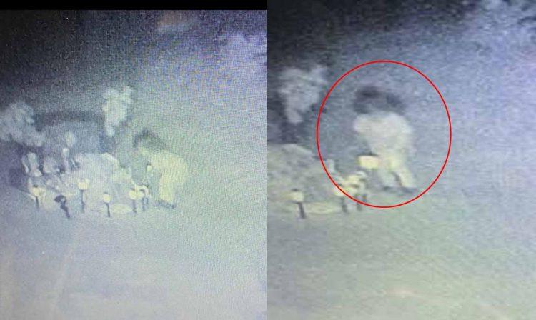 #Video Captan A Niña Fantasma Entre Tumbas