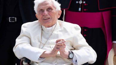 """Reportan A Benedicto XVI, """"Extremadamente Frágil"""" De Salud"""
